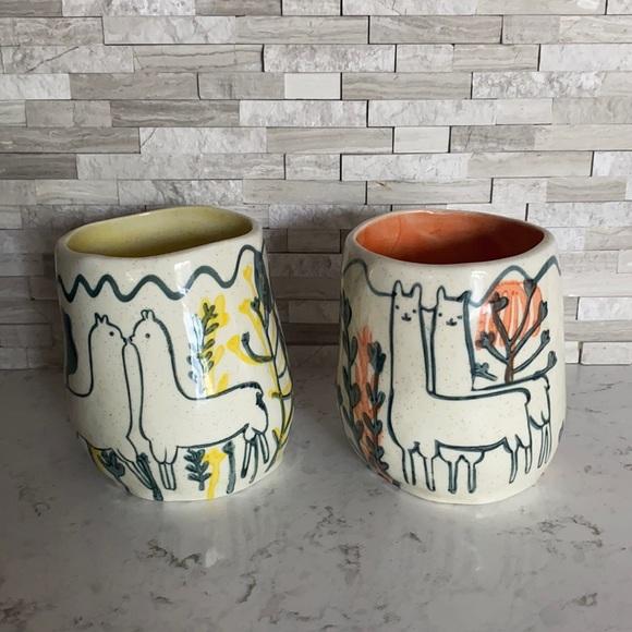 Anthropologie alpaca planter vase